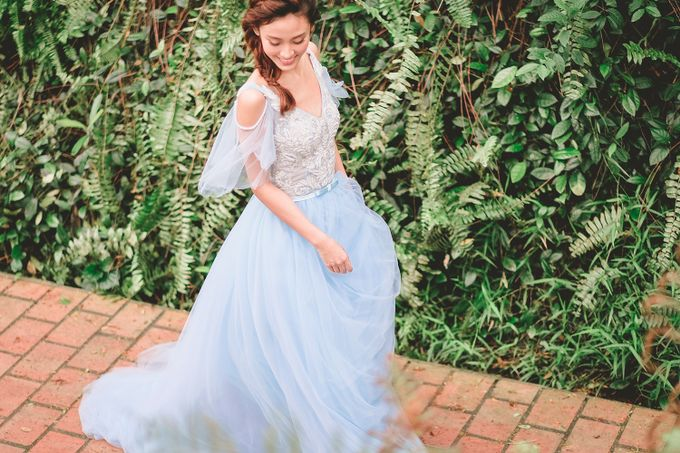 Wildflower Meadow Themed Bridal Shoot at Fort Canning Park by Jen's Obscura (aka Jchan Photography) - 005