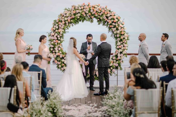 Ashley & Alan Wedding by The edge - 001