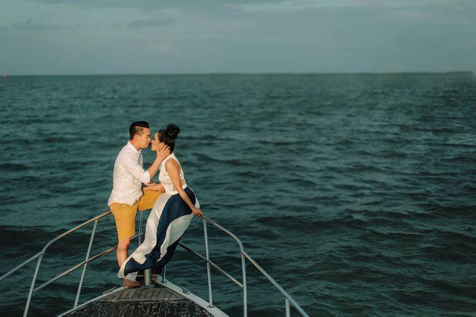 PRE - WEDDING ARA & OLIVIA BY HENOKH WIRANEGARA by All Seasons Photo - 018