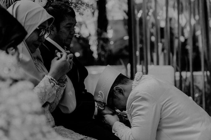 Dheafina & Nur Wedding at Azila Villa by AKSA Creative - 018