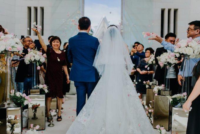 The Wedding of Larrie & Vivienne by BDD Weddings Indonesia - 018
