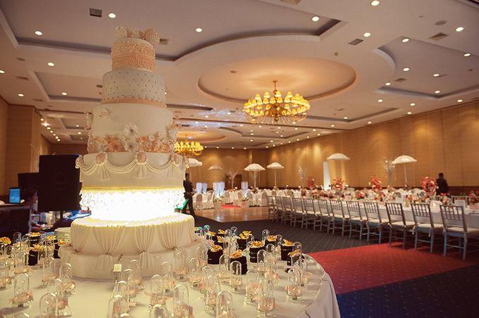 Wedding Cakes by Cupkeyk N Art - 002