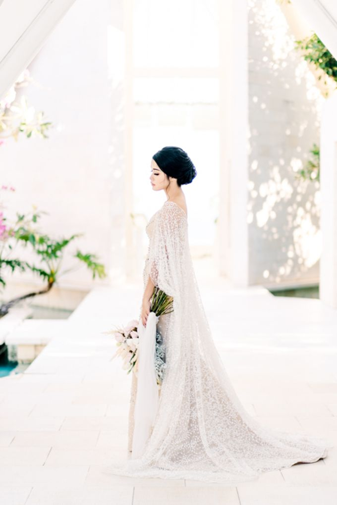 Wedding of Ana Octarina & Adie Baron by Tirtha Bridal - 004