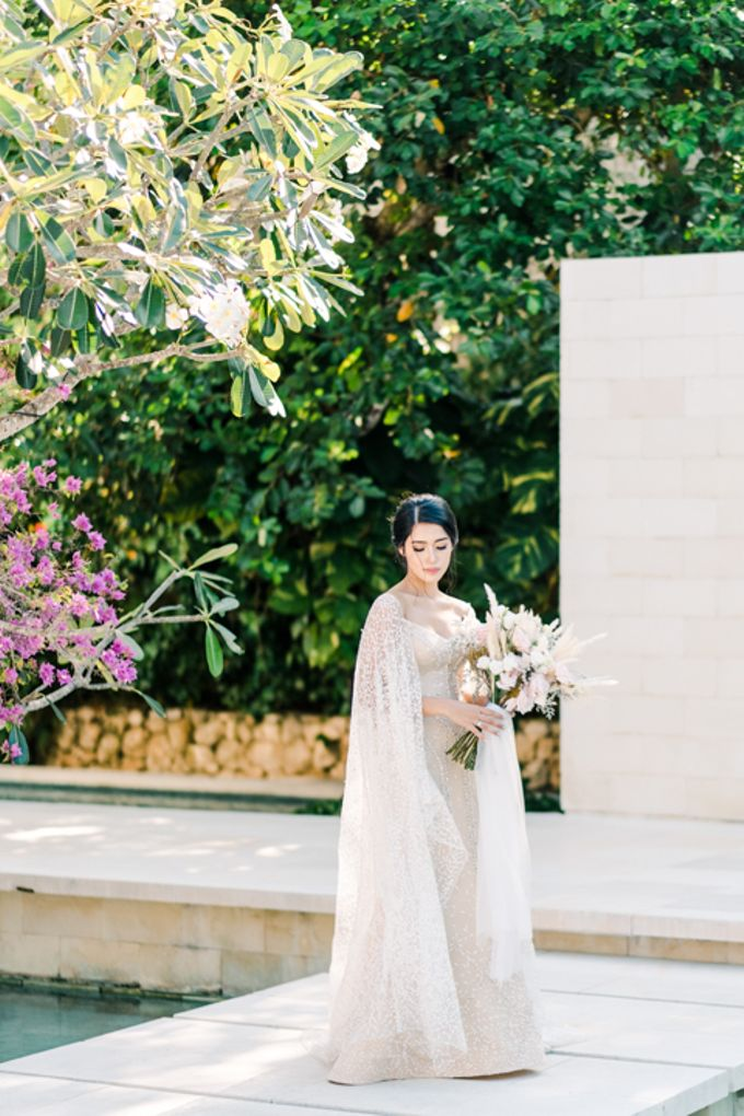 Wedding of Ana Octarina & Adie Baron by Tirtha Bridal - 007