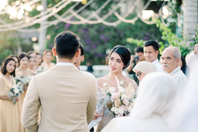 Wedding of Ana Octarina & Adie Baron by Tirtha Bridal - 019
