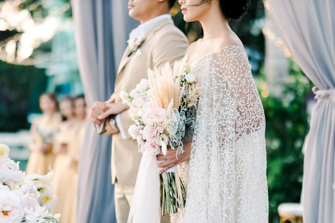 Wedding of Ana Octarina & Adie Baron by Tirtha Bridal - 021