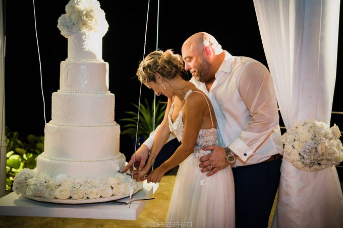 Beatriz & Derek Wedding by Jennifer C  Wedding & Event Agency - 019