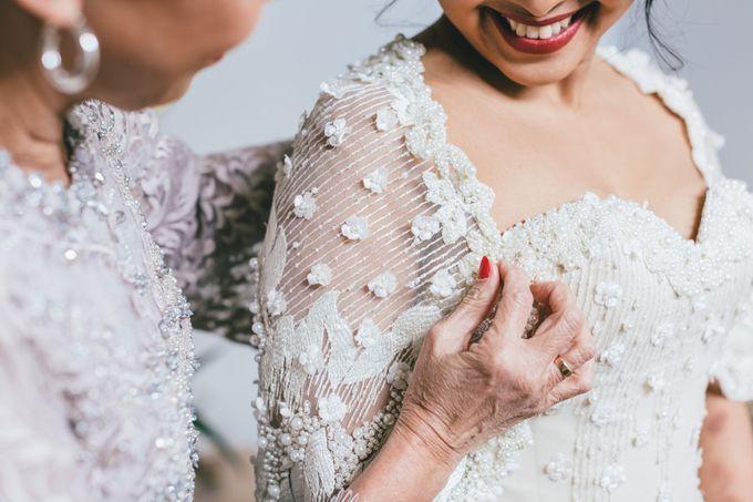 Rustic Wedding of Miranda & James by Elly Liana Makeup Artist - 007