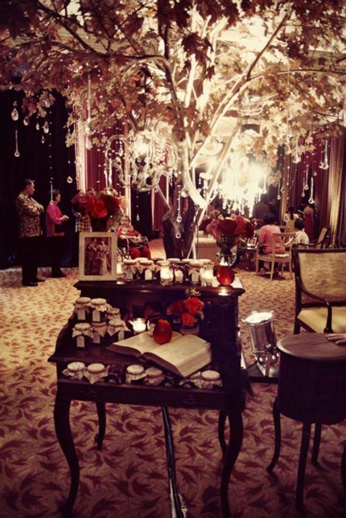 Bohemian Rhapsody by Tea Rose Wedding Designer - 002