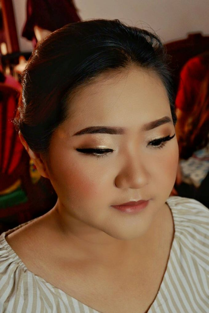 Party Makeup by Brushedbyit - 017