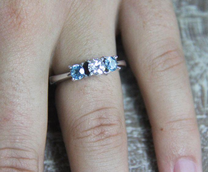 Custom Wedding Ring by Sanur Jewellery Studio - 001