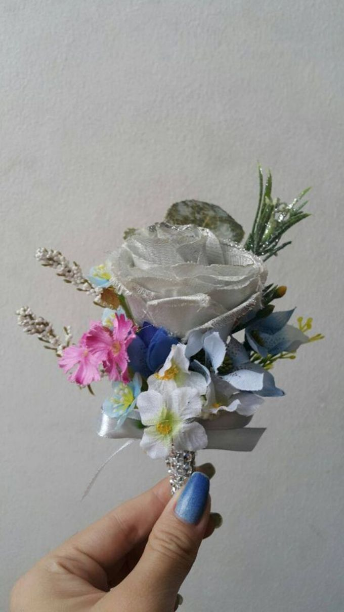ENCHANTED WEDDING BOUQUET by LUX floral design - 014