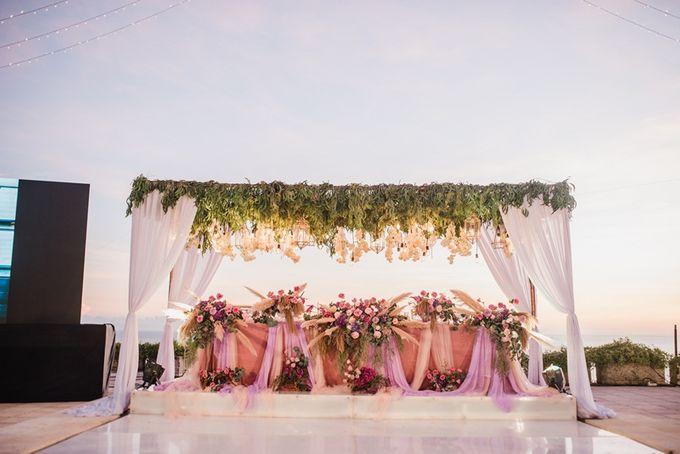 Soft Purple & Lavender Decoration Wedding by Bali Izatta Wedding Planner & Wedding Florist Decorator - 006
