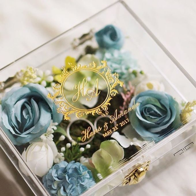 Wedding Ring Box with Flower by NINbox.box - 009