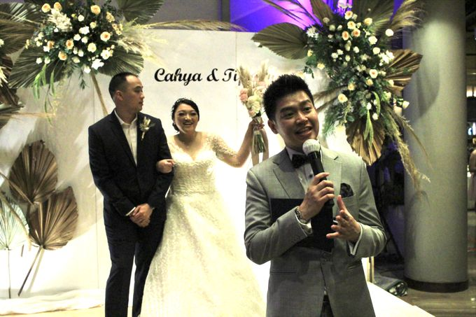 Entertainment Wedding Intimate Double Tree Jakarta - Double V entertainment by Anthony Stevven - 017