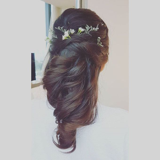 Half Up & Let Down & Pony Bridal Hairstyles by Après Makeup - 011