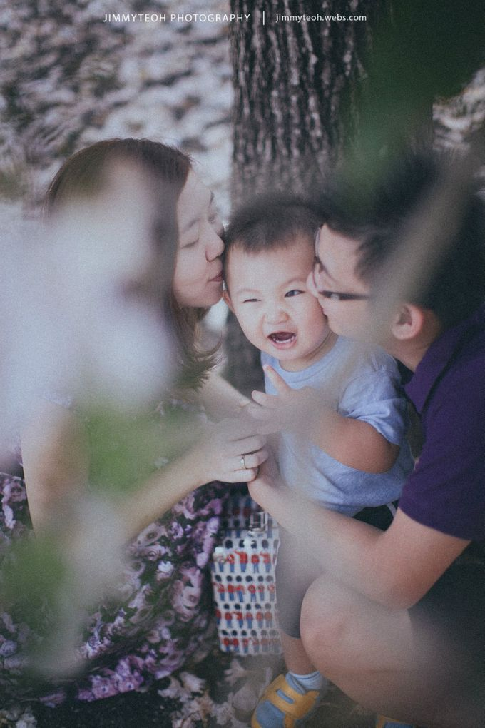 Anniversary Family Portrait by jimmyteoh photography - 009