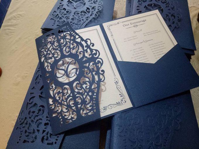 Pocket fold invitation by Ribbons and Prints - 001