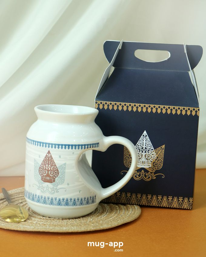 Fara & Satrio by Mug-App Wedding Souvenir - 002