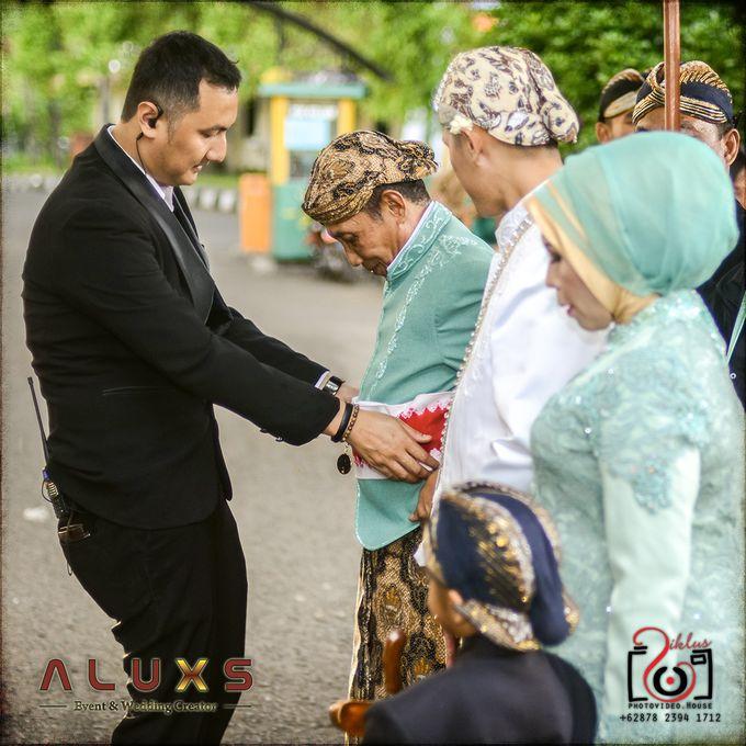 The Wedding of Santa & Khresna by Alux's Event & Wedding Creator - 032