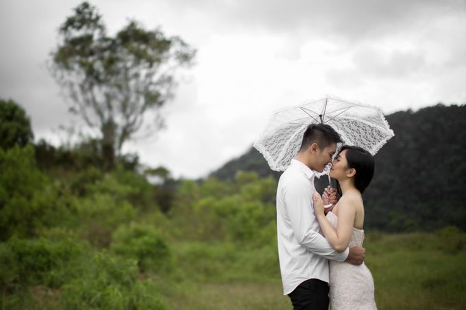 Outdoor Prewedding-Ranca Upas by King Foto & Bridal Image Wedding - 003