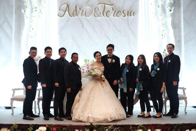Adri & Teresia Wedding by deVOWed Wedding & Event Planner - 019