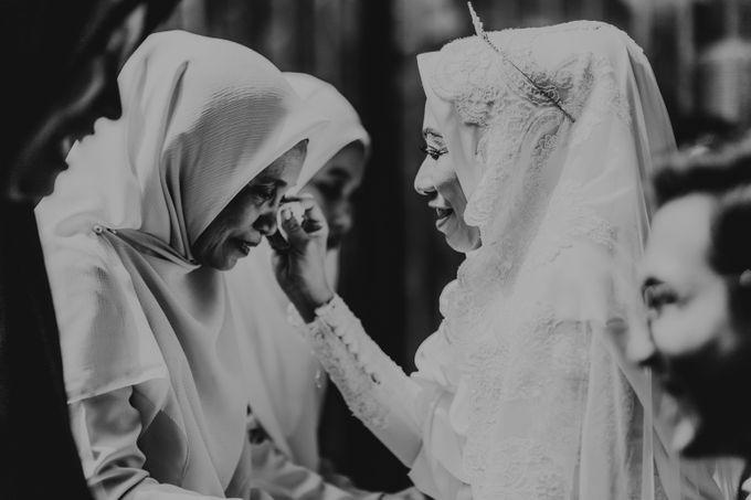 Aisyah & Aziz Wedding at Azila Villa by AKSA Creative - 019