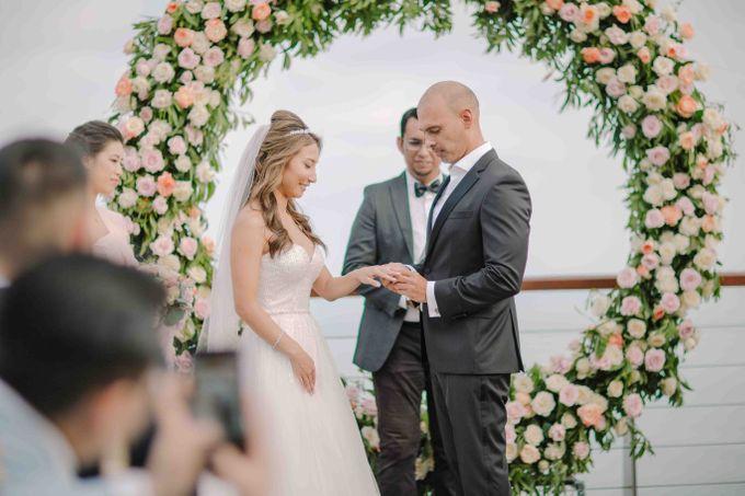 Ashley & Alan Wedding by The edge - 002
