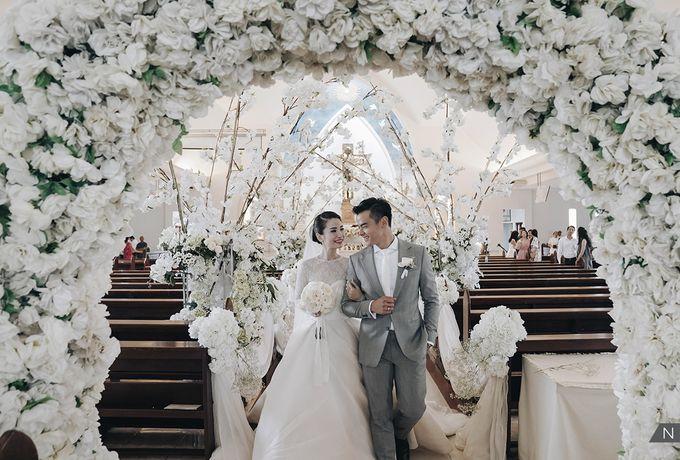 Dion Wiyoko & Fiona Wedding by Djampiro Band Bali - 019