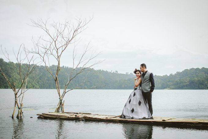 from wedding Dwi & Ros by royal photoworks - 004