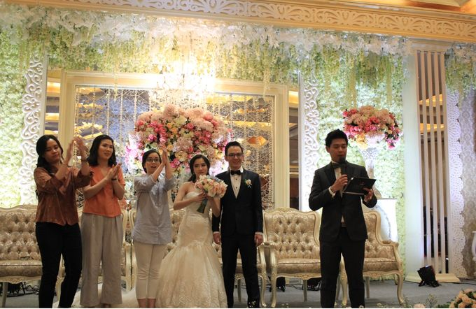 MC Wedding Red Top Hotel Jakarta - Anthony Stevven by Pelangi Cake - 020