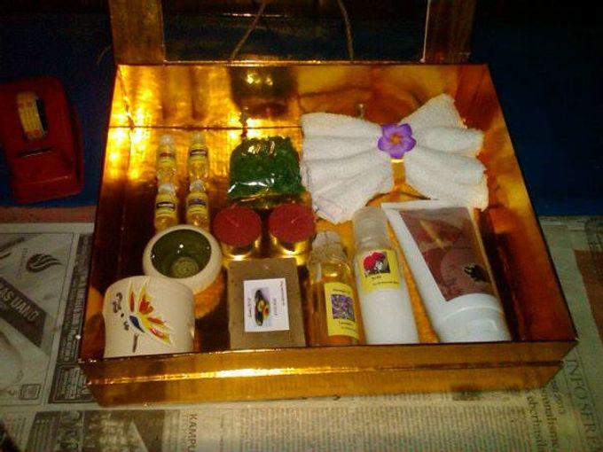 Premium Spa & Aroma Gift by MySouvenir by Dhara - 001