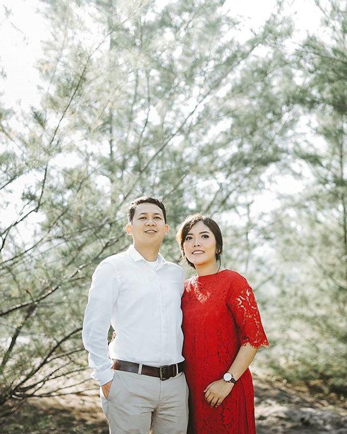 Fauzan & Engkit - Sweet Prewedding at Yogyakarta by TranslaticLab - 002