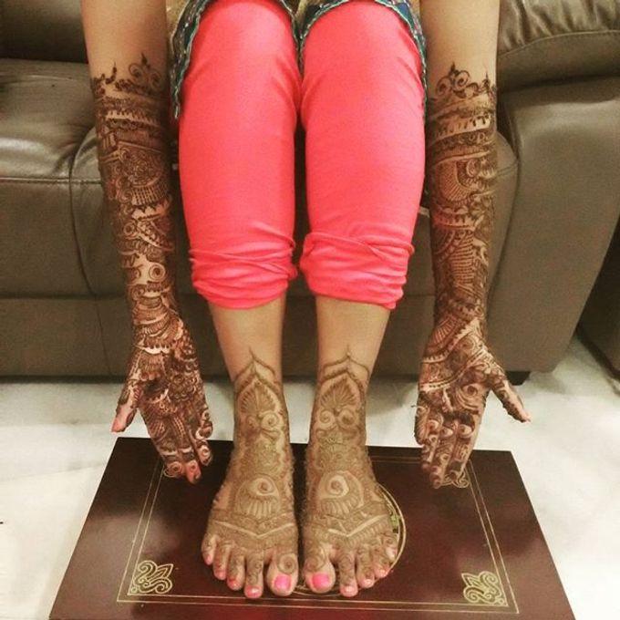 Bridal Henna - Intricate by Nakreze Mehndi - 042