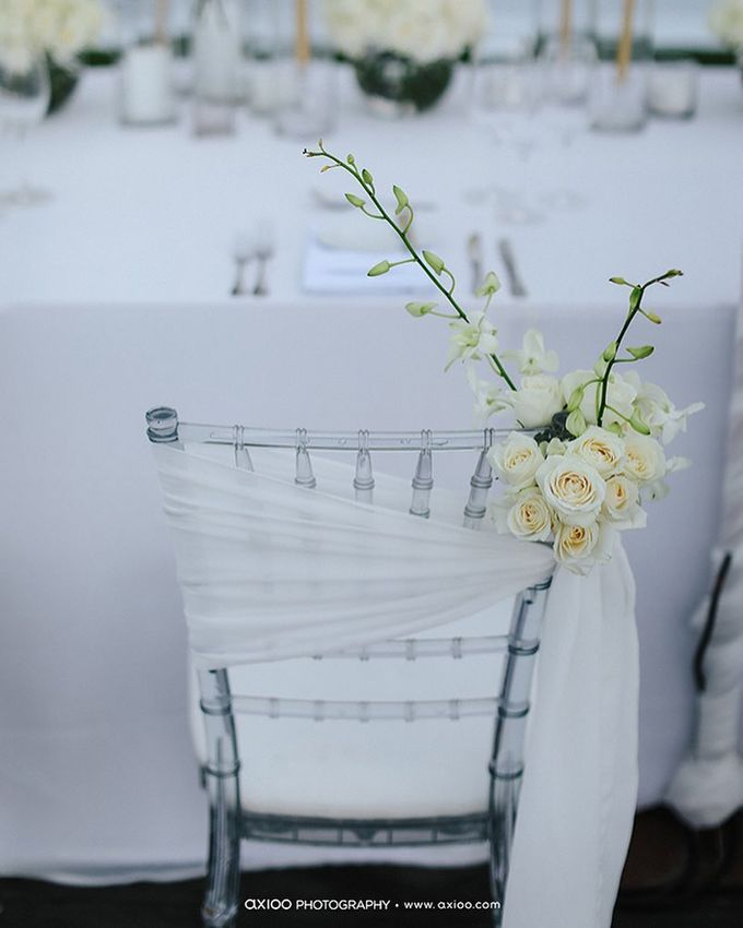 Truly Timeless White Wedding by WiB flowers - 005