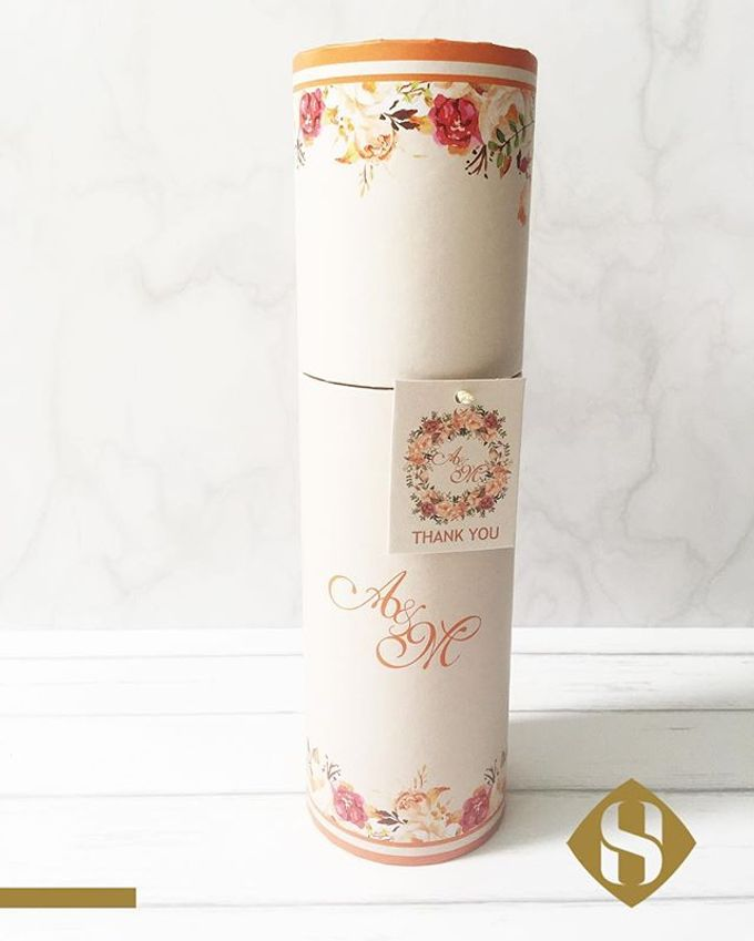 Premium Bottle for your wedding gift by SH Printing and Hampers - 006