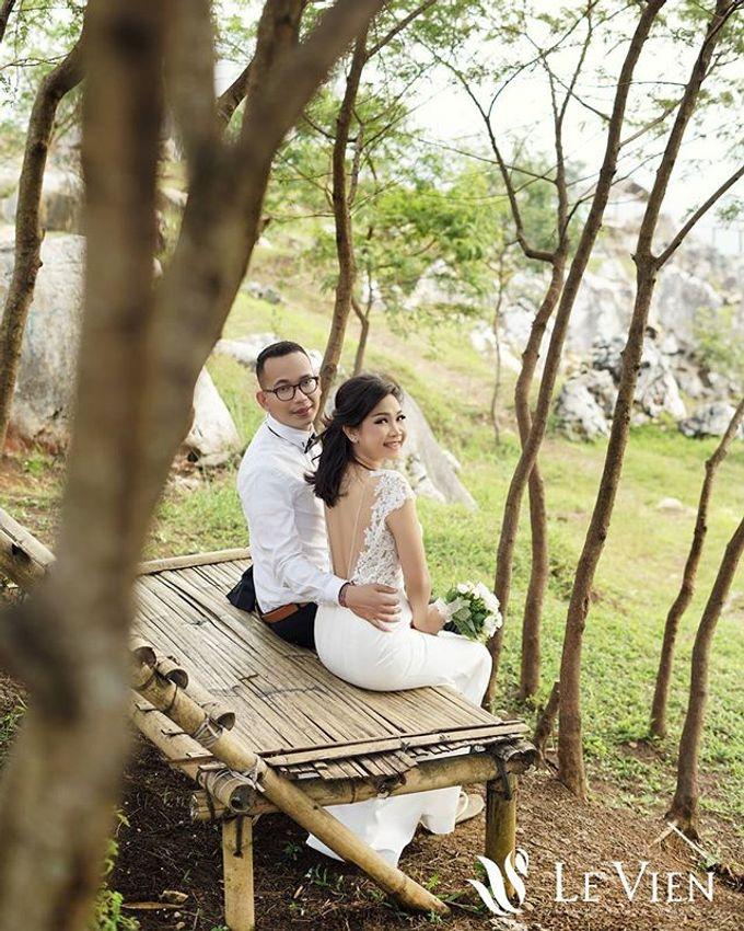 Pre Wedding Stone Garden by LeVien - 002