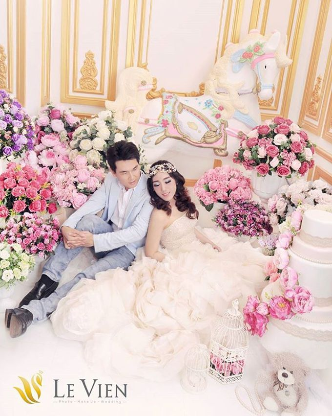 Pre Wedding Indoor by LeVien - 012