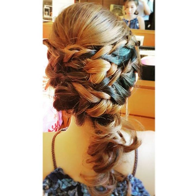 Half Up & Let Down & Pony Bridal Hairstyles by Après Makeup - 005