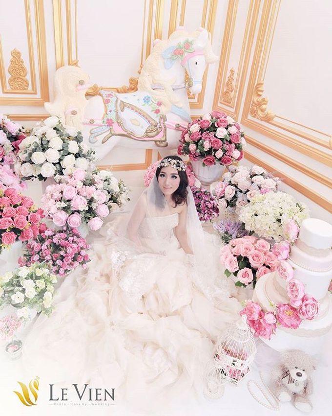 Pre Wedding Indoor by LeVien - 013