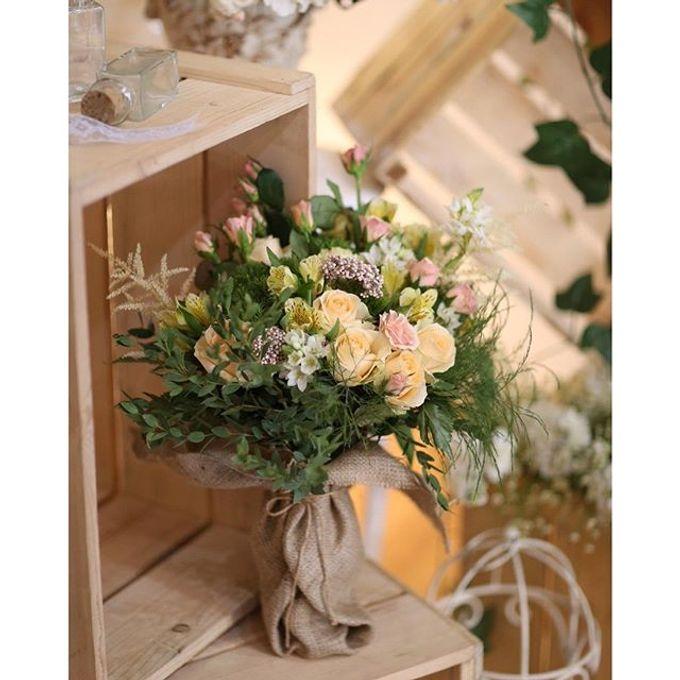 Pinterest inspired bridal bouquet by La Bloom Florist - 015