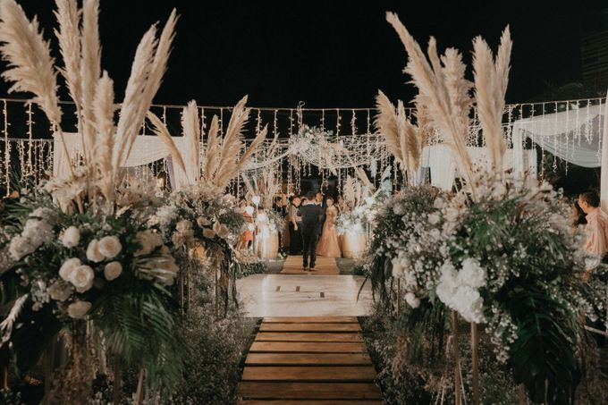 Theo & Hanna  Wedding Decoration by By Laurentialili - 039