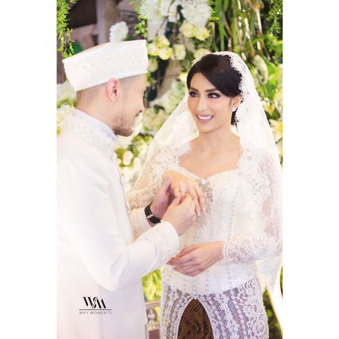 Tyas Mirasih - Diamond Earing V&Co Jewellery by V&Co Jewellery - 001