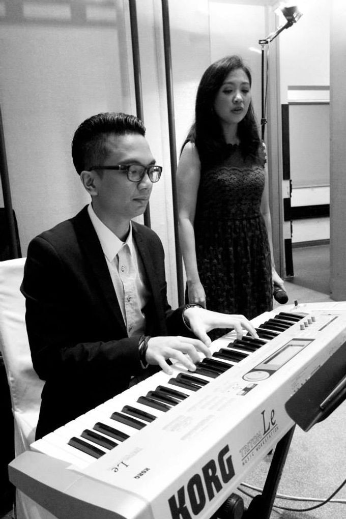 Tag Team with Church Band in Park Royal Pickering - Andy Tamara & Martha Margaretha Lim Wedding by Ring of Blessings - 002