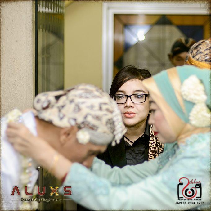 The Wedding of Santa & Khresna by Alux's Event & Wedding Creator - 033