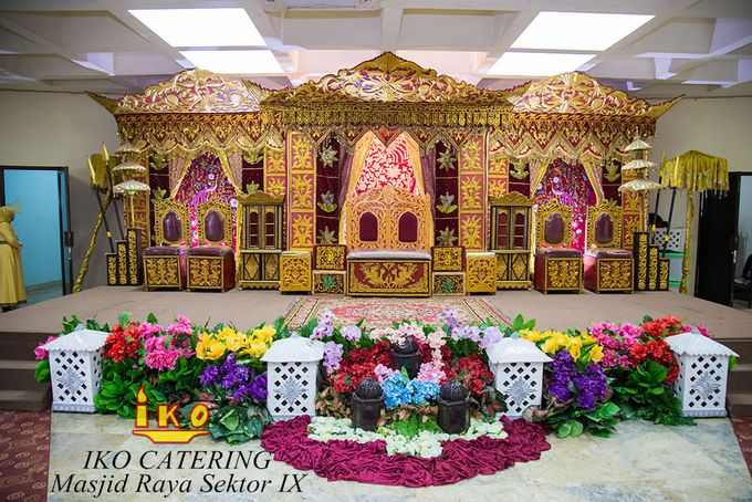 Dekorasi Pelaminan by IKO Catering Service dan Paket Pernikahan - 020