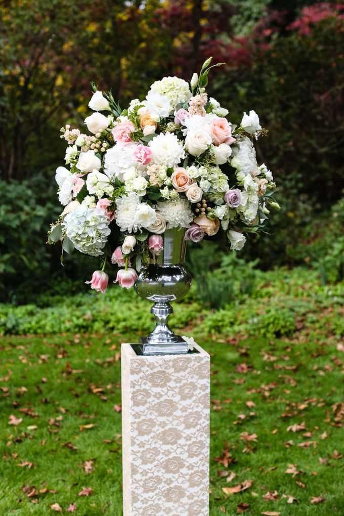 Ceremony and Reception by Affair with George  Florals & Event Styling - 020