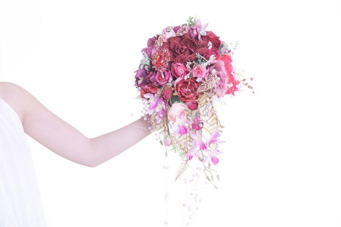 Luxurious Bouquet by LUX floral design - 010