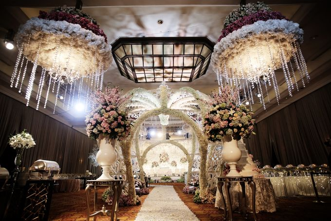 Wedding Decorations by JW Marriott Hotel Jakarta - 011