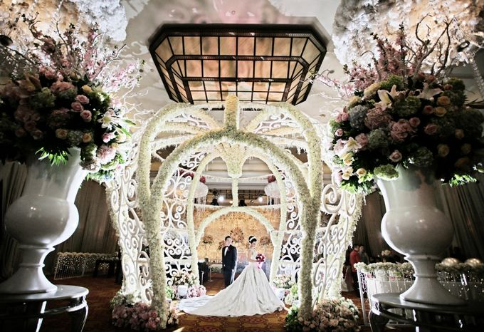 Wedding Decorations by JW Marriott Hotel Jakarta - 012